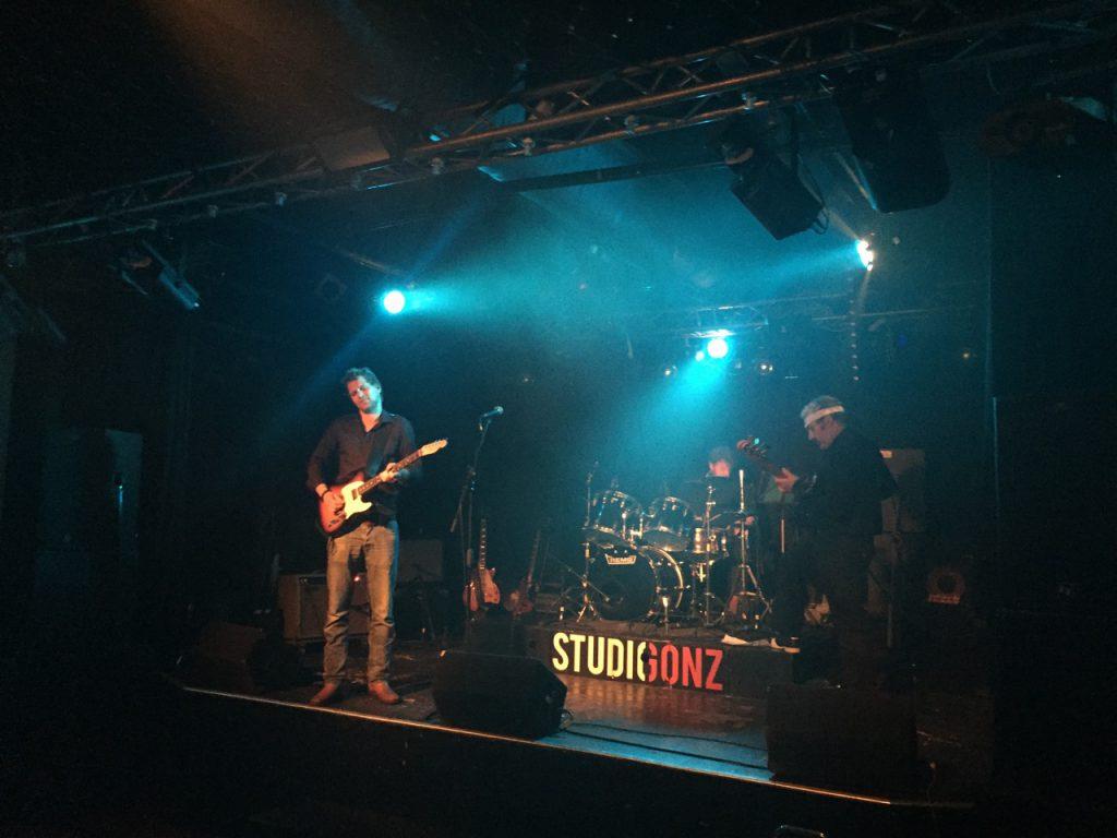 studio-gonz-bluesdinos